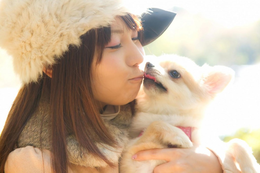 pet-kiss